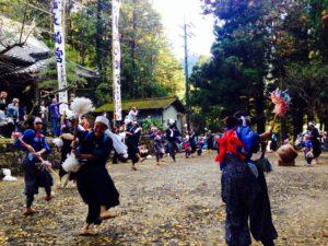 花取り踊り